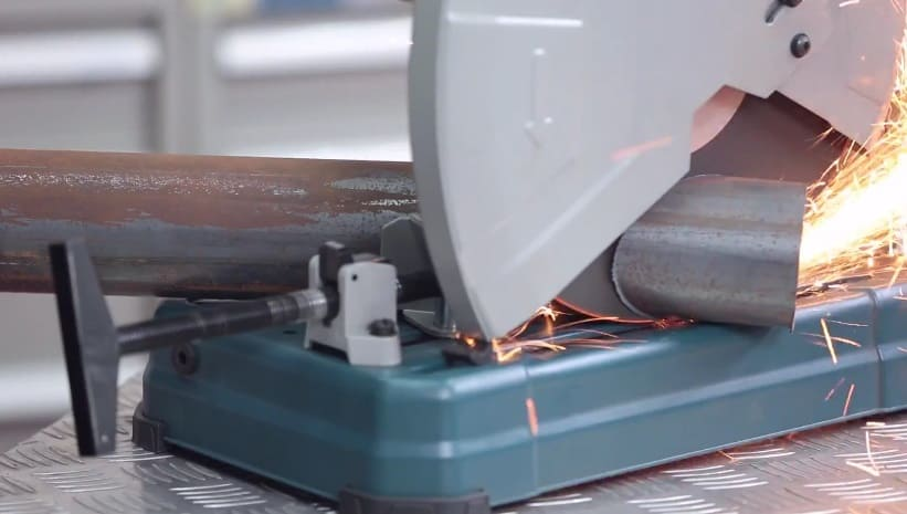 metal cut-off saw for cutting pipes